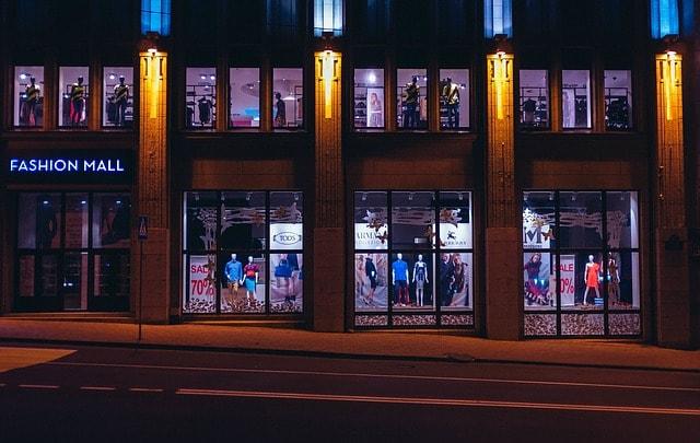 amazon afiliados foto de un centro comercial
